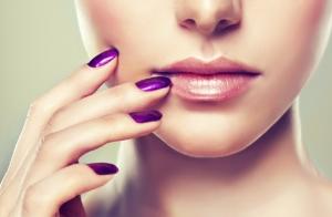 Tratamiento facial + manicura + pedicura