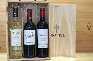 Estuche selección vinos Viñafiel